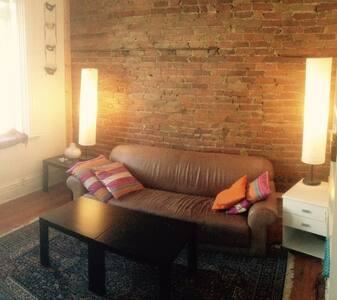 Bel appartement au cœur de Montréal