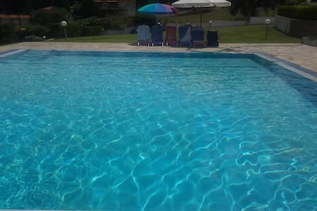 2 BD, Maisonette, Sea view, Shared pool - House