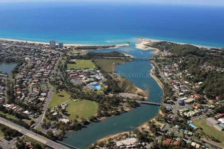 Bellissimo Currumbin beach location - Hus