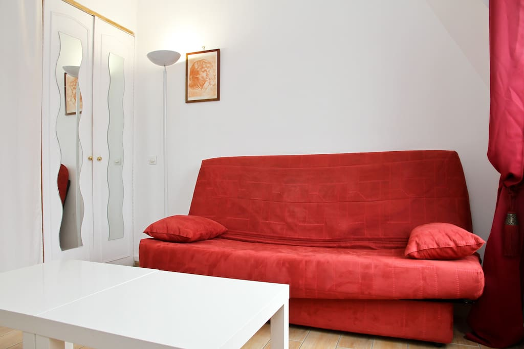 Nice Studio close to Champs Elysees