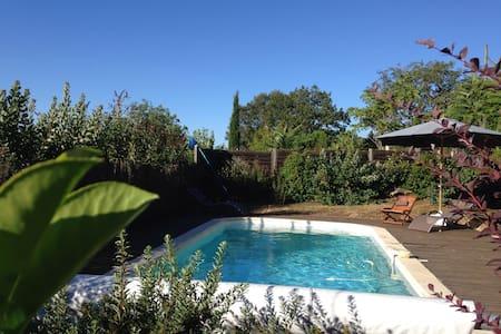 Cozy Cottage w/Pool - Rocamadour - Loupiac
