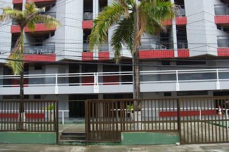 Quarto e sala orla de Ponta verde c wifi - Apartmen