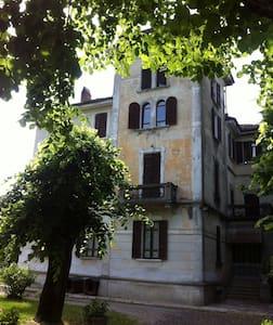 Casa Vacanze Colli Piacentini - Ponte dell'Olio - Villa