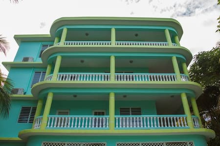 Caribbean Surf Villas -Villa Monita - Aguada