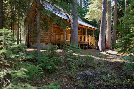 Log Cabin on Tumalo Creek - Cabin
