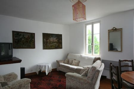 Townhouse in Uzerche, France - House