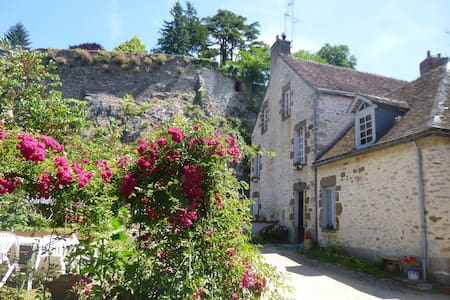 Chambre d'hôtes - Fresnay-sur-Sarthe - Bed & Breakfast