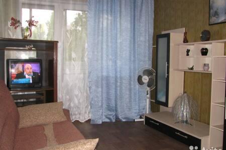 1к. квартира посуточно,почасно в Заводском районе - Apartment