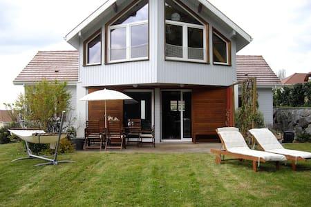 Large spacious modern house - Talo