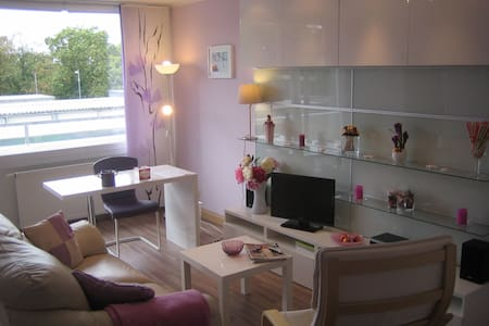 Appartement mit Flair und Stil - Leilighet