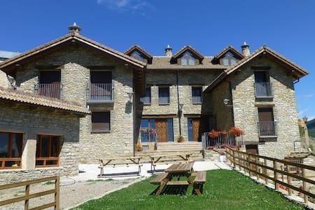 Casa Rural La Solana de Jaca - Casa