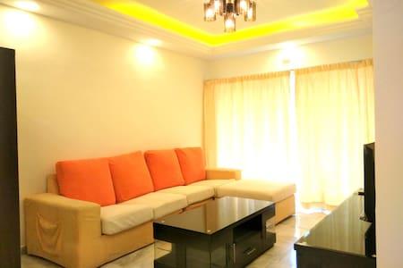 Budget Condo Homestay 5 mins to KL City Centre - Kuala Lumpur - Condominium