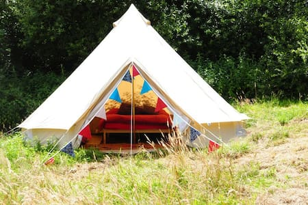 Furnished Bell Tent, Lovely Farm - Exeter