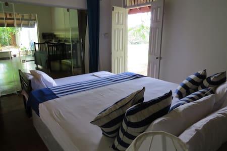 Villa Hundira Negombo - Suite - Negombo
