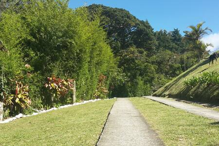 Rodeada de hermosa naturaleza y rio - San Isidro - Haus