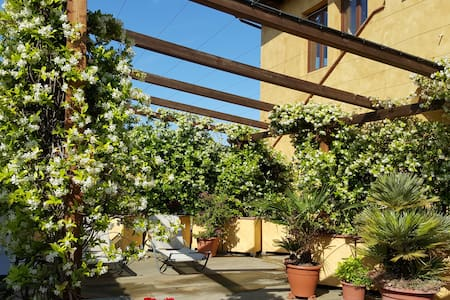 FANTASTICO!!! ... WITH  WINE - Firenze - Apartment
