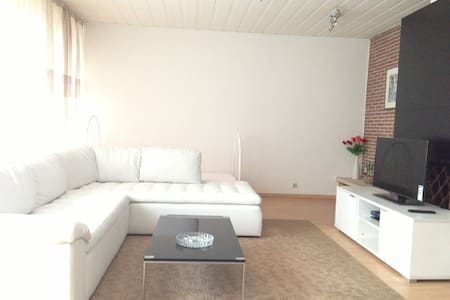140m2 fully equipped 3-B appartment - Apartemen