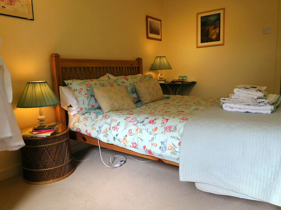 A good night's sleep starts with a comfortable double bed. An electric heating pad (separate controls for each side of the bed) and an extra quilt in case you're cold.