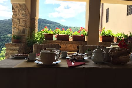 Farmhouse at 10km from Florence - Bed & Breakfast