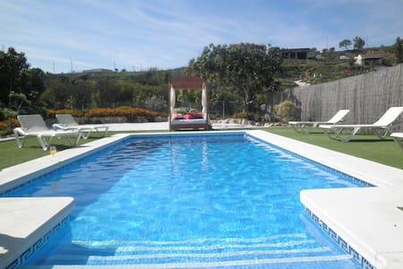 Villa de lujo  cerca de Marbella.