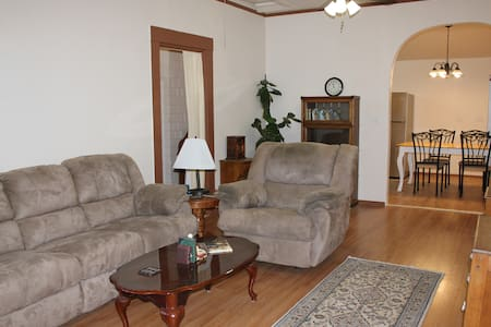 Vacation Hideaway in Gold Country - Placerville - Casa