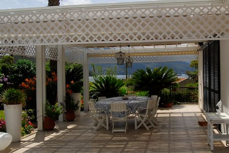 Beautiful villa 50 m from the see - Scaglieri