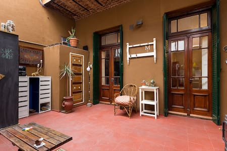 Sunny Apartment with Spacious Patio! - Buenos Aires - Apartamento