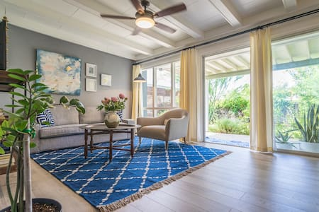 Contemporary Uptown Phoenix Home - Phoenix - Apartment