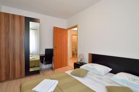 Lovely new apartment - Leilighet