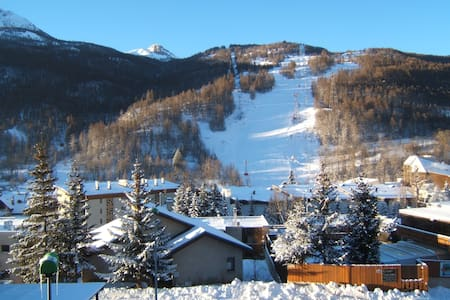 very sunny with panoramic view flat - Leilighet