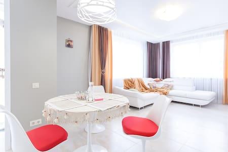 Апартаменты «На Рабочей, 8а» - Pionerskiy - Daire