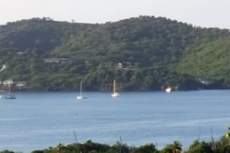 Amazing  view  2miles from nelsons dock yard - Appartamento