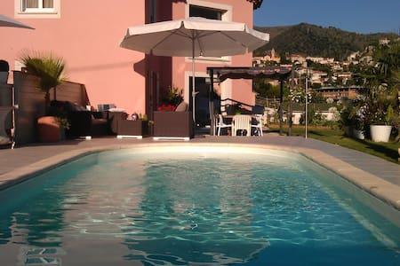 Villa 140 m² avec piscine - Tourrette-Levens - Villa