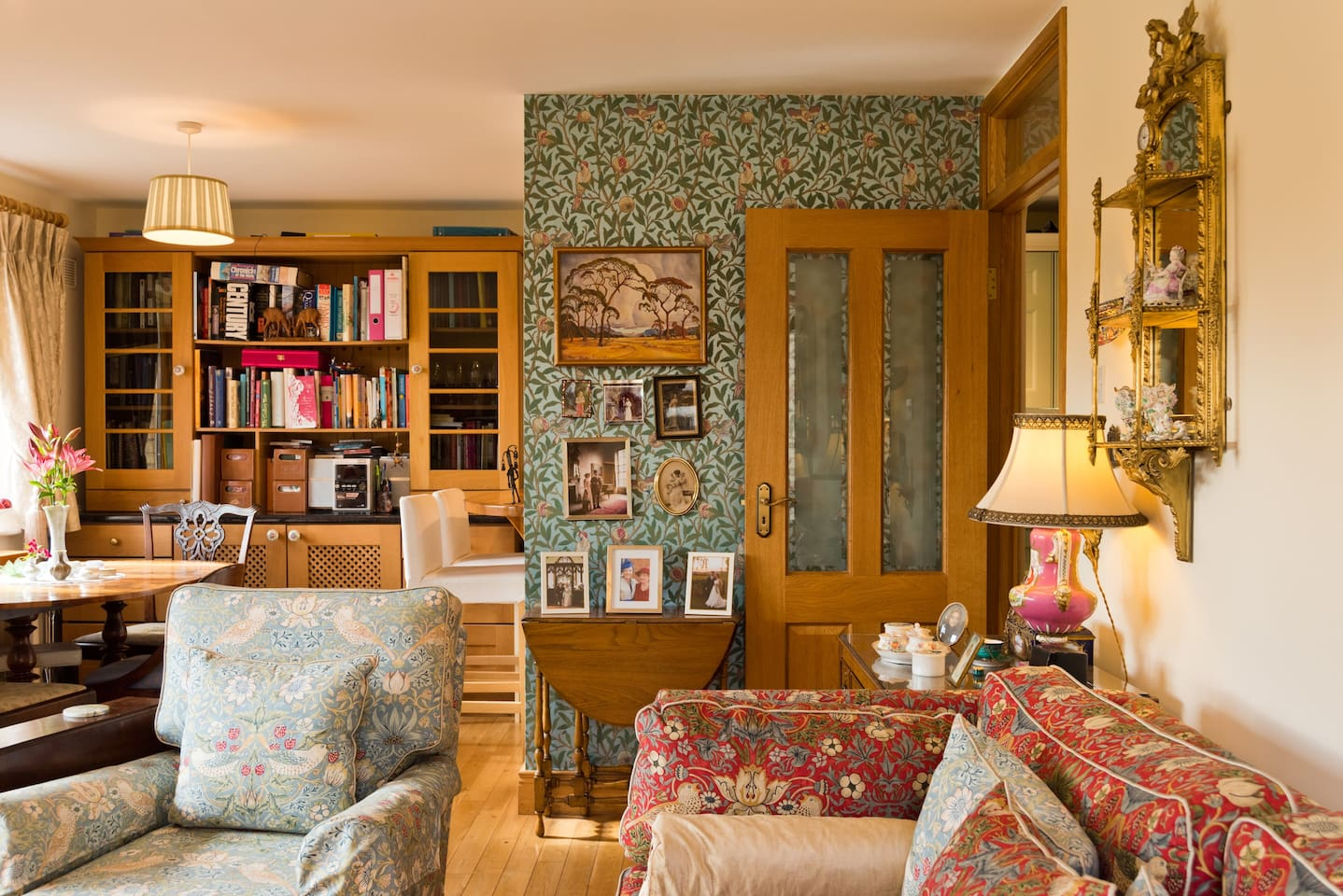 Gorgeous antiques, fabrics and wallpapers