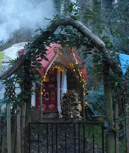 """Bunnies Yurt""a romantic peaceful all year retreat - tavistock"