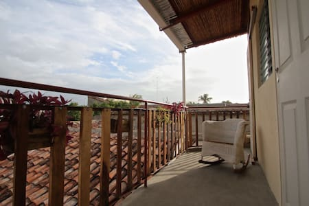Leo's Guesthouse Panoramic View #2 - Granada