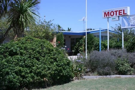Lake Bolac Motel - Twin Room - Lake Bolac