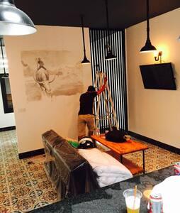 Modern Khmer suite @ Central Market - Apartamento