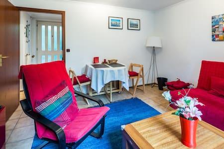 Cozy bungalow flat in north Hamburg - Bungalow