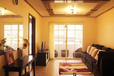 #C35, The Zonevill Condo in Legarda - Baguio - Apartamento