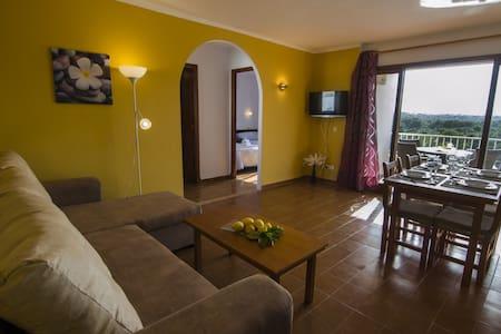 Tranquilo apartamento en Cala Ferrera - Appartement