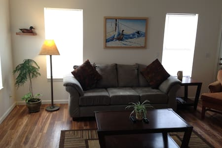 Sleep 6-8 in Spacious 3 Bedroom Town home, Wi-Fi - Pinedale - Maison de ville