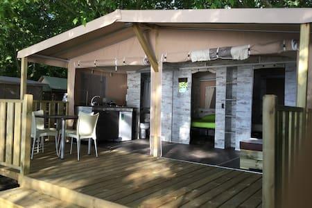 Bellissima Lodge Tent, glamping sulla spiaggia - Rom - Telt