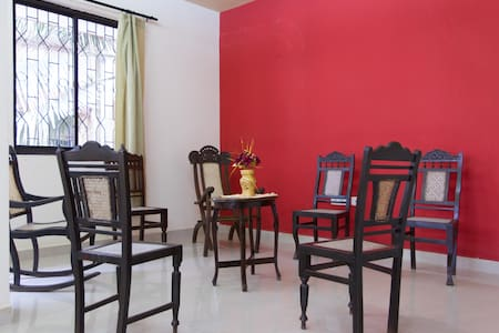 Large clean 2BHK Goan apartment in Margao centre - Margao - Appartement