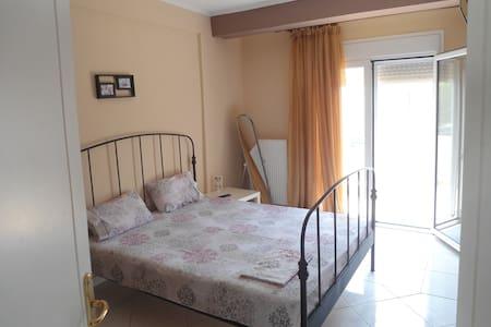 Naya's Apartments - Nea Peramos
