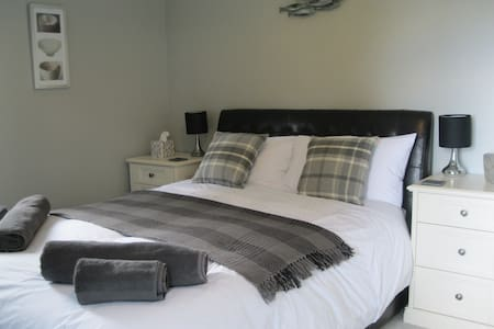 Walkers' Paradise In Falmouth - Falmouth - Bed & Breakfast