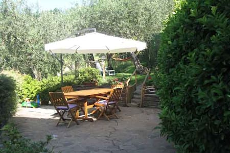 Vacanza in Toscana - Monte a Pescia - Bed & Breakfast