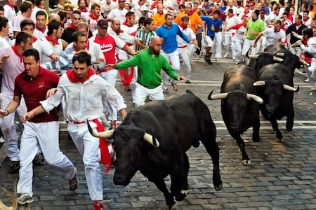 Share room  - Running of the Bulls - Pamplona - Altres