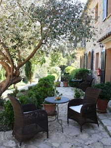 Canpoma  romantic boutique Hotel - Sóller - Bed & Breakfast