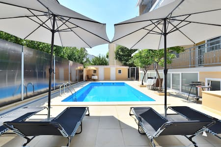 Apartment with pool near sea 3